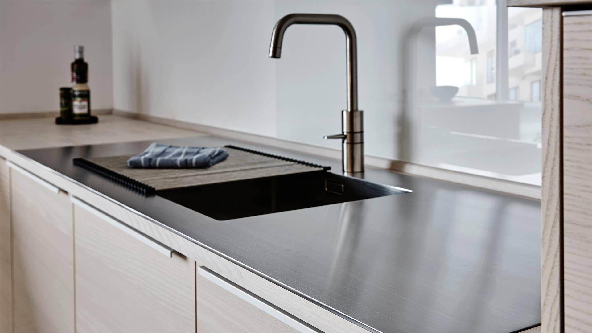 Storslåede Udvalget af vaske til køkken og bad | Tvis Køkkener ET94